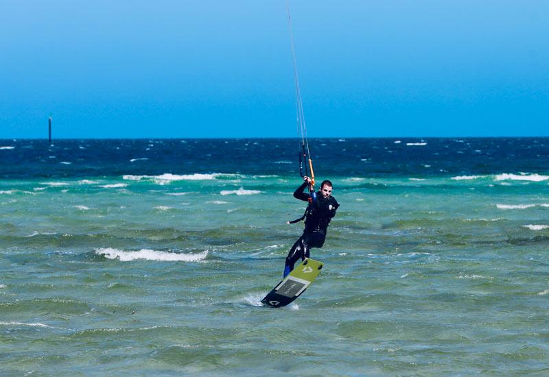 Kite Surfing at Edithburgh